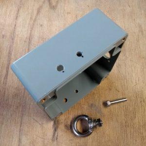 Handleiding 1:1 BalUn 800 Watt behuizing gaten